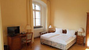 turmzimmer-schloss-spyker-hotel-insel-ruegen